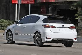 lexus ct 200h scoop spindle grille 2014 lexus ct 200h f sport caught without camo