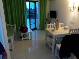 chaine tele cuisine salon avec canapé lit télé quelque chaines fr cuisine frigo