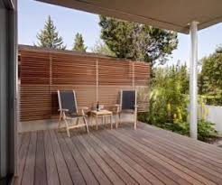 Backyard Screening Ideas To Customize Your Outdoor Areas With Privacy Screens