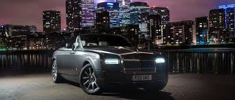 roll royce wraith inside what it u0027s really like driving a rolls royce