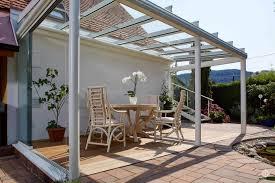 glas f r balkon sichtschutz aus glas fr terrasse stunning eleganter wind und
