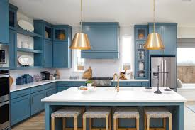 what color kitchen cabinets stay in style 9 kitchen color ideas with staying power