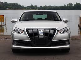 lexus nx hybrid al volante 2013 toyota crown royal saloon hybrid drive away 2day
