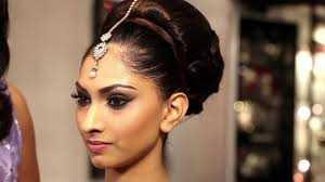 how to put bridal hairstyle headpiece jewellery tutorial the kyles collection youtube