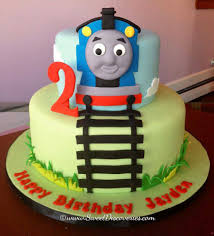 thomas tank engine halloween costume 305 best thomas 2nd birthday images on pinterest birthday party