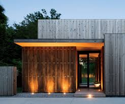 concrete homes that are popular in the hamptons