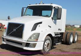 automatic volvo semi truck ft riley abandoned vehicle auction in fort riley kansas by purple