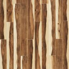 Textured Laminate Wood Flooring Home Decorators Collection Mesa Oak 12 Mm Thick X 7 7 16 In Wide