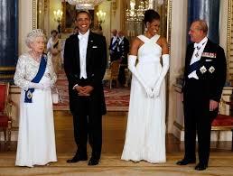 queen handbag rachel says so the queen s handbag