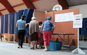 tenue bureau de vote collection of pr 233 sidentielle un premier tour in 233 dit 224 la