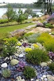 jardin paysager avec piscine les 25 meilleures idées de la catégorie jardin sec sur pinterest