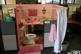bathroom prank ideas cubicle pranks house design and office ideas office