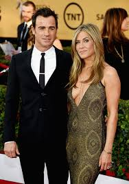 aniston mariage brad pitt thrilled that jen aniston justin theroux married