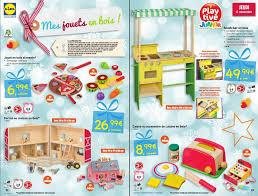 accessoire cuisine jouet des jouets en bois à petits prix chez lidl c est bientôt noël