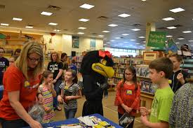 Barnes And Noble Rogers Ar Barnes And Noble Book Fair Event 2016 Pea Ridge Book Bus