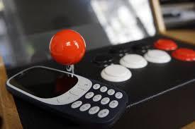ecran bureau retourné j ai passé une éprouvante journée avec le nouveau nokia 3310 et c