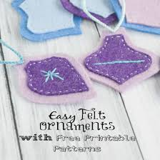 easy felt ornaments tutorial with free printable pattern