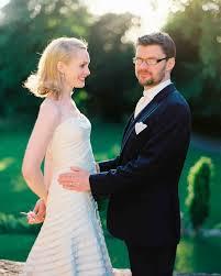 hairstyles for a wedding for medium length hair 16 gorgeous medium length wedding hairstyles martha stewart weddings