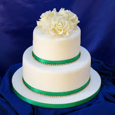 wedding cake online ivory cake topper crafted sugar wedding cake