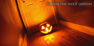 Halloween Pumpkin Lantern - halloween pumpkin carving lighting your jack o u0027 lanterns