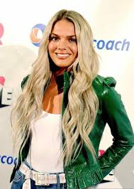 louisa johnson home facebook