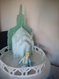 frozen themed birthday cakes u2013 elsa u0027s ice palace mummy makes cakes