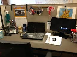 dual desk office ideas decorations work cubicle halloween decorations cubicle decor