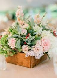 wedding wednesday centerpieces in wooden boxes flirty fleurs