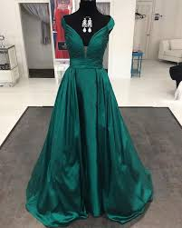 best 25 emerald green evening gown ideas on emerald