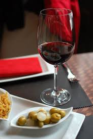 glass of wine glass of wine a day is it beneficial for our health