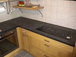 plan de travail cuisine quartz ou granit granit noir galaxy great marbre quartz cuisine salle de bain