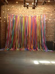 Photo Backdrop Best 25 Ribbon Backdrop Ideas On Pinterest Hanging Paper