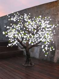 how to put lights on a tree outdoors led light trees