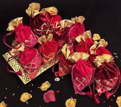 indian wedding decoration accessories 20 wedding table decoration mehndi bid favour gift bags indian