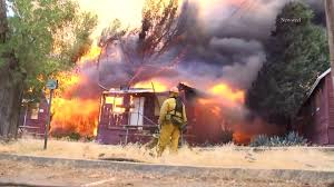 Ca Wildfire Containment by 6 Structures Burn In 500 Acre Wildfire In Castaic Canyons Area No