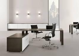 bureau de tendances bureau direction avec plateau en bois design tendances actuelles