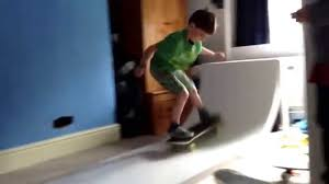 eden age 7 skateboarding on his new ramp in his bedroom youtube