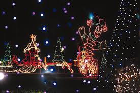 Festival Of Lights Peoria Il 5 Gorgeous Drive Through Holiday Light Displays In Illinois