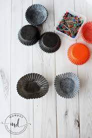 Make Halloween Wreath by How To Make A Halloween Wreath With Cupcake Wrappers