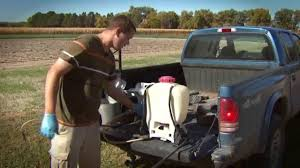 cleaning a backpack sprayer youtube