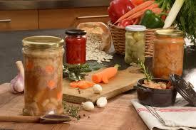cuisine en bocaux pots pour plats cuisinés pots et bocaux en verre conserves et