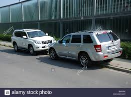 ww toyota two suvs jeep grand cherokee 3 0 crd v6 and toyota land cruiser