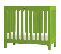 Mini Crib With Wheels Find The Right Small Crib For Your Small Space Livingcitybaby Living