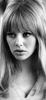 feather cut 60 s hairstyles the 20 best 70s hairstyles feathers teen and 70s hair