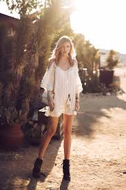 the boho file what is bohemian style and how do you style