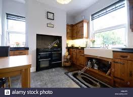 belfast sink in modern kitchen belfast sink stock photos u0026 belfast sink stock images alamy