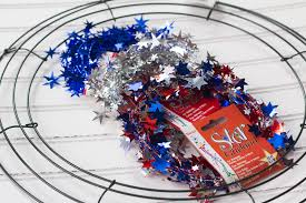 4th of july wreaths easy fourth of july wreath supplies live craft