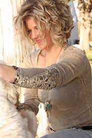 hairstyles for plus size women with thick curly hair 17 cute short wavy hairstyles for women 2017 short wavy