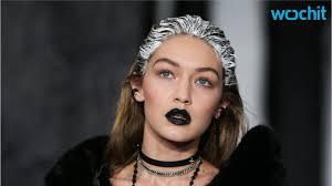 yolanda foster hair style tips yolanda foster reveals how she keeps gigi and bella hadid humble