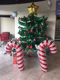 Indoor Christmas Decor 60 Budget Friendly Outdoor U0026 Indoor Christmas Decorations With